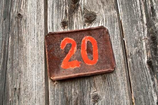 2.080.908 prebivalcev Slovenije 1. januarja 2019 živelo v 5.978 naseljih, 57 naselij nenaseljenih