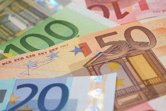 Novo v podatkovni bazi SiStat: Povprečna plača v Sloveniji za marec 2019