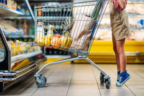 Dejanska individualna potrošnja na prebivalca v Sloveniji v 2017 za 23 % nižja od povprečja v EU-28