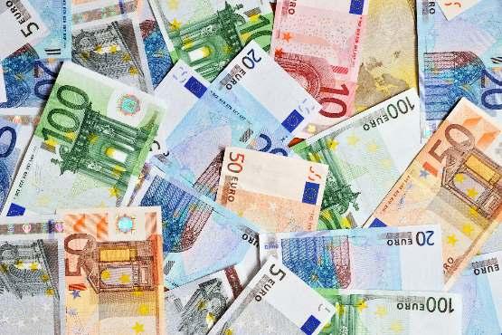 Novo v podatkovni bazi SiStat: Povprečna plača v Sloveniji za november 2019
