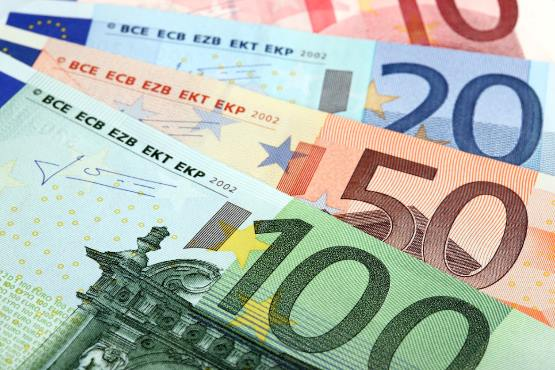 Novo v podatkovni bazi SI-STAT: Povprečna plača v Sloveniji za oktober 2018