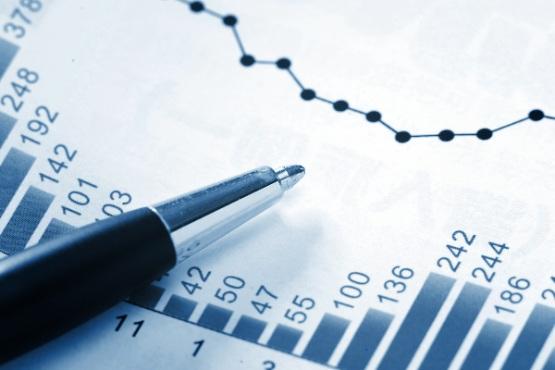 Sektor država lani z 260 milijoni EUR presežka