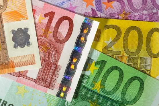 Novo v podatkovni bazi SiStat: Povprečna plača v Sloveniji za december 2019