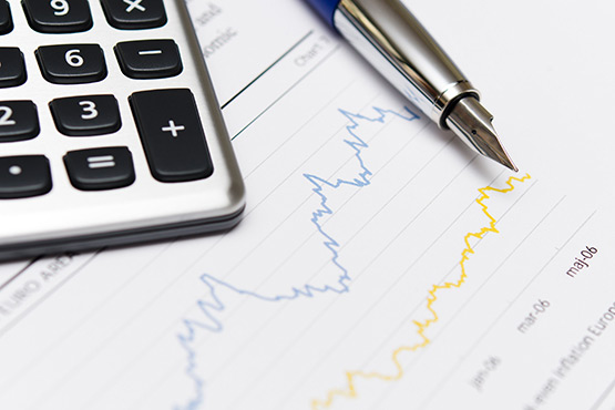 Nefinančne družbe ustvarile v prvem četrtletju 2019 primanjkljaj, drugi sektorji presežek