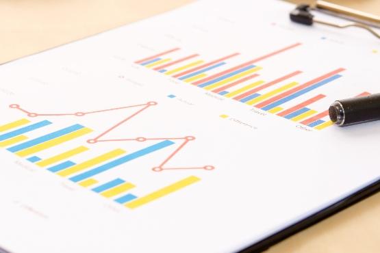 Obseg prodaje v storitvenih dejavnostih in trgovini se je v maju 2020 povečal