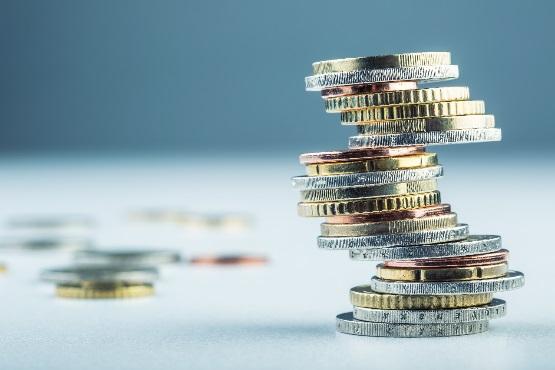 Povprečna bruto plača za november 2018 za 8,1 % višja od plače za oktober 2018
