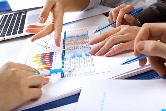Nefinančne družbe so tudi v prvem četrtletju 2017 ustvarile presežek, tokrat v višini 187 mio. EUR ali 1,9 % BDP