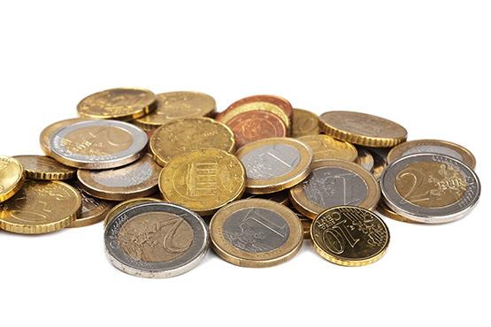 Povprečna plača za maj 2018 za 0,1 % nižja od povprečne plače za april 2018