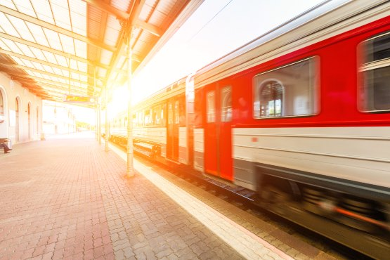 How many passengers were carried by Slovene trains? How many dwellings were completed in 2017?