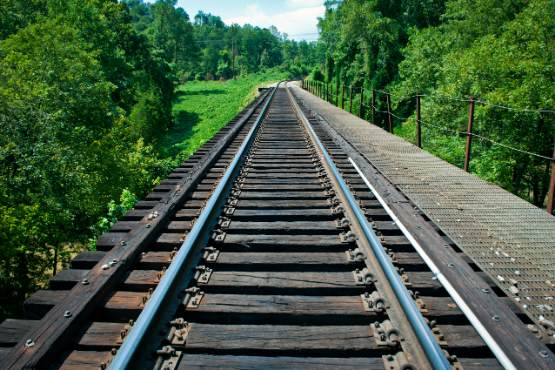 More than 13.5 million railway passengers and 655 million passenger-kilometres in 2018