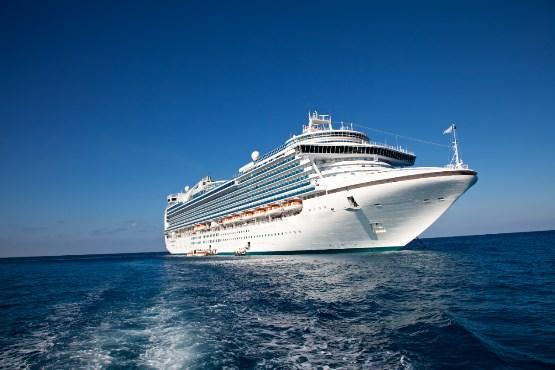 V pristaniškem prometu je bilo v septembru 2018 54 % več potnikov kot pred enim letom
