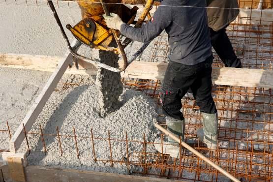 Vrednost opravljenih gradbenih del za 12,4 % nižja kot v novembru 2018 in za 5,9 % višja kot v decembru 2017