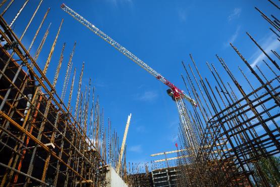 Vrednost opravljenih gradbenih del za 13,1 % nižja kot v novembru 2020 in za 0,2 % nižja kot v decembru 2019
