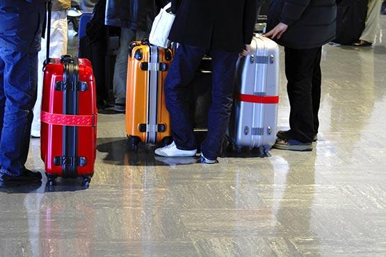 V 2017 se je iz Slovenije vsak teden odselilo povprečno 189 slovenskih in 147 tujih državljanov