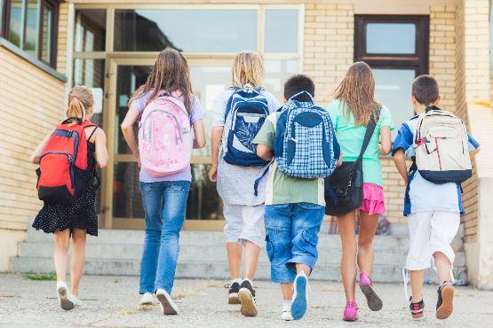 Tudi v šolskem letu 2019/20 osnovnošolcev več, srednješolcev pa nekaj manj kot v preteklih letih
