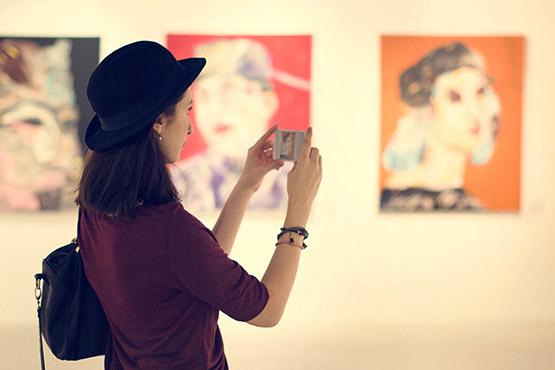 Muzeji in galerije v Sloveniji v 2017 pripravili 1.486 razstav in okoli 39.400 izobraževalnih programov