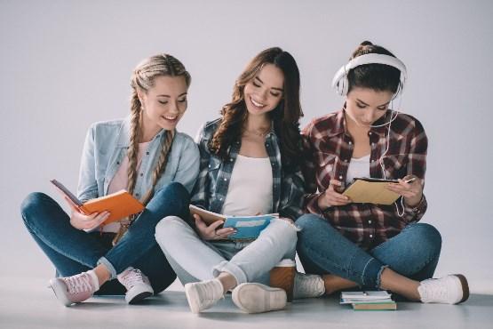 V letu 2018 terciarno izobraževanje končalo 16.680 diplomantov, kar je 3,1 % manj kot pred desetimi leti