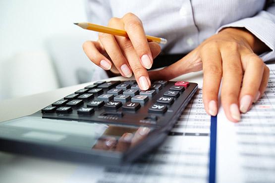 Zavarovalnice v letu 2016 obračunale za skoraj 2.000 milijonov EUR bruto premij