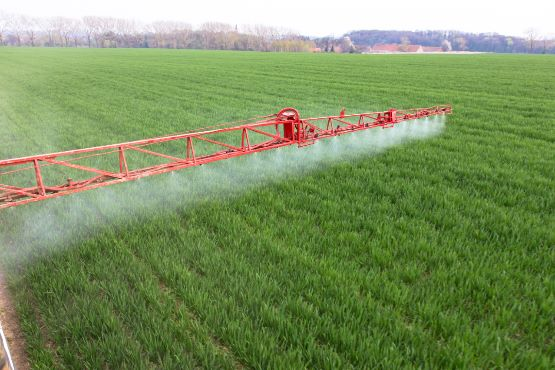 V kmetijstvu v Sloveniji je bilo v 2017 porabljenih 510 ton fitofarmacevtskih sredstev
