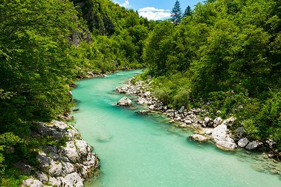 V 2019 je bilo v Sloveniji iz vodnih virov načrpanih 1,7 % manj vode kot v 2018