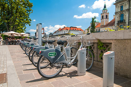 Earlier release on Daily passenger mobility, Slovenia, 2017