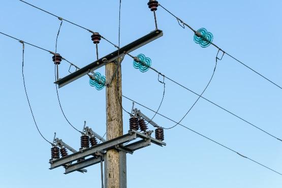 Junija je bila poraba električne energije za 2 % večja v primerjavi z enakim obdobjem leta 2017